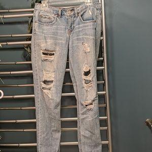 Aeropostale Boyfriend Style Destroyed Jeans